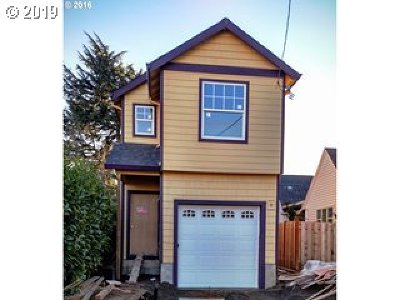 Portland Single Family Home For Sale: 8535 SE 89th Ave
