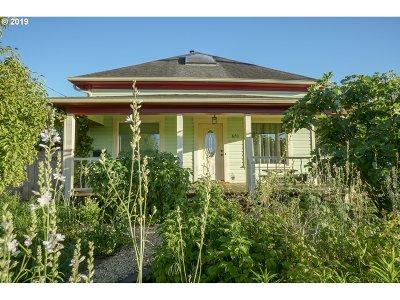 Eugene Single Family Home For Sale: 670 E 32nd Ave