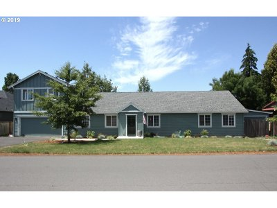 North Plains Single Family Home For Sale: 10215 NW 313th Ave