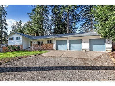 Lake Oswego Single Family Home For Sale: 18667 Pilkington Rd