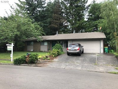 Troutdale Single Family Home For Sale: 1959 SW Laura Ct