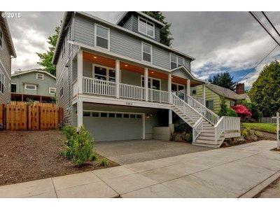 Portland Single Family Home For Sale: 1060 NE Stafford St