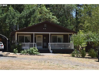 Canyonville Single Family Home For Sale: 523 Shively Creek Rd