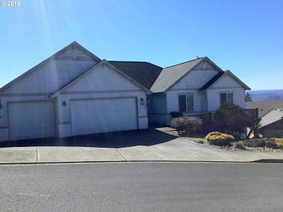 Cowlitz County Single Family Home For Sale: 125 Ship Watch Cir
