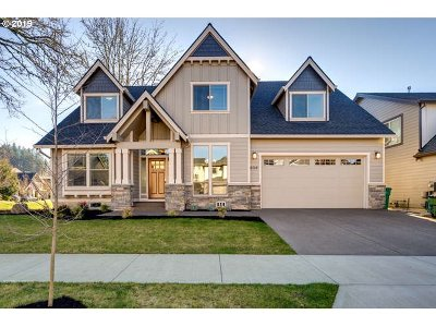 Newberg Single Family Home For Sale: 634 Ironwood Dr