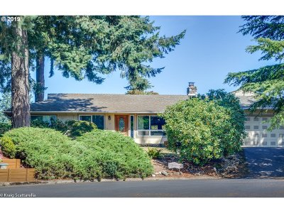 Sherwood Single Family Home For Sale: 26407 SW Markhaven St
