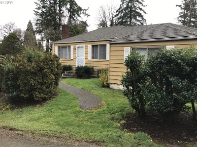 Lake Oswego OR Single Family Home For Sale: $359,000