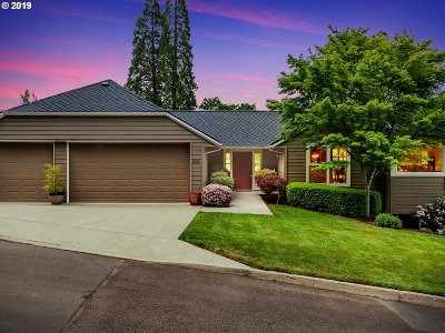 Lake Oswego Single Family Home For Sale: 1505 Eastview Ct