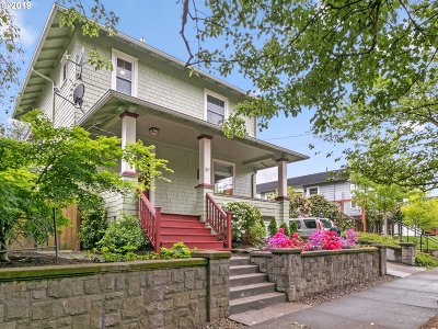 Single Family Home For Sale: 615 NE Lawrence Ave