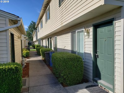 Clark County Condo/Townhouse For Sale: 4000 NE 109th Ave #241 A