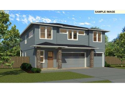 Camas Single Family Home For Sale: 1738 NE Pecan Ln