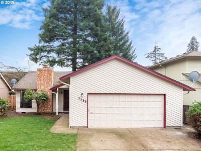 Tigard Single Family Home For Sale: 7780 SW Bond St