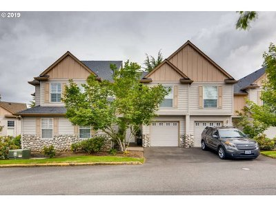 Tualatin Condo/Townhouse For Sale: 22040 SW Grahams Ferry Rd #C
