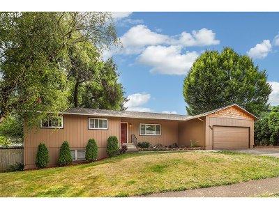 Gresham Single Family Home For Sale: 1238 SW 4th St