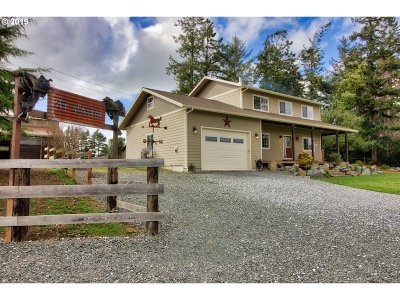 Bandon Single Family Home For Sale: 87951 Blazer Ln