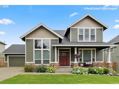 Happy Valley, Clackamas Single Family Home For Sale: 9366 SE Links Ave