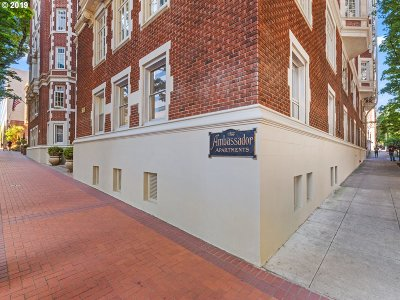 Portland Condo/Townhouse For Sale: 1209 SW 6th Ave #301