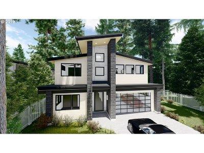 Lake Oswego Single Family Home For Sale: 4715 Firwood Rd