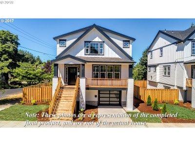 Single Family Home For Sale: 8156 N Delaware Ave
