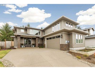 Lake Oswego Single Family Home For Sale: 928 Cedar St
