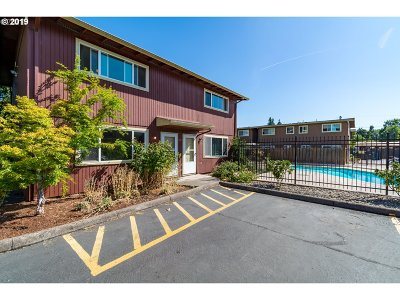 Eugene Condo/Townhouse For Sale: 1927 W 17th Ave #A
