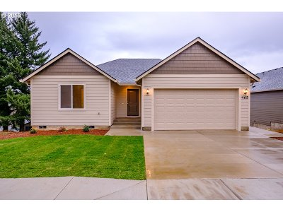 Willamina Single Family Home For Sale: 355 NW 6th St