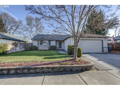 Medford Single Family Home For Sale: 1175 Char Way