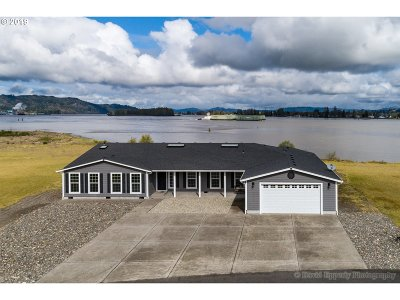 Single Family Home For Sale: 91596 Columbia River Rd