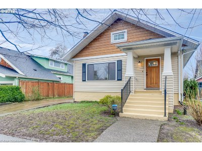 Portland Single Family Home For Sale: 2331 NE 47th Ave