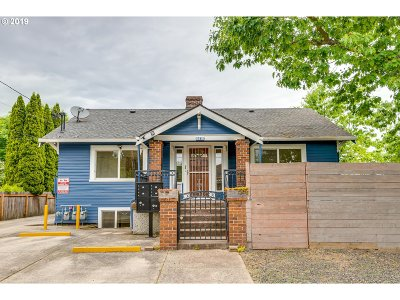 Portland Single Family Home For Sale: 5415 N Columbia Blvd