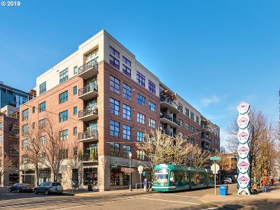 Condo/Townhouse For Sale: 820 NW 12th Ave #510