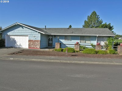 Sherwood, King City Single Family Home For Sale: 11845 SW Queen Elizabeth St