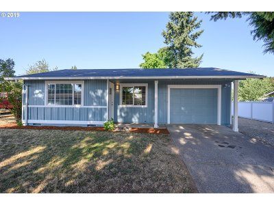 Aumsville Single Family Home Pending: 875 N 5th St