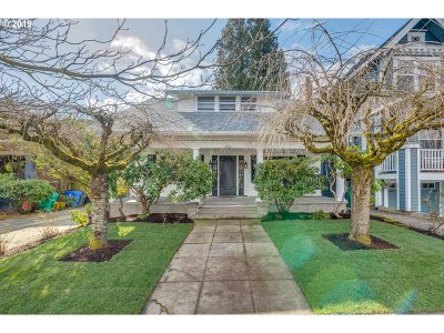 Portland Single Family Home For Sale: 2822 NE Schuyler St