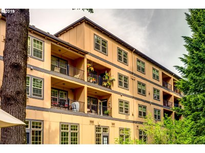 Sherwood, King City Condo/Townhouse For Sale: 20512 SW Roy Rogers Rd #319