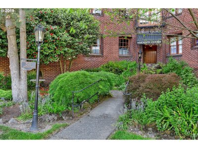Portland Condo/Townhouse For Sale: 2533 NW Marshall St #206