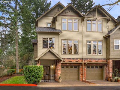 Lake Oswego Single Family Home For Sale: 5079 W Sunset Dr