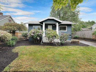Portland Single Family Home For Sale: 1424 SE Ogden St