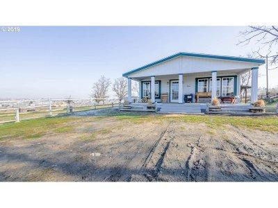 Hermiston Single Family Home For Sale: 1440 E Newport Ave