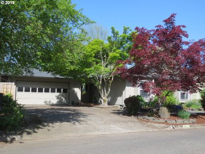 Eugene Single Family Home For Sale: 3643 Kevington Ave