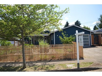 Portland Single Family Home For Sale: 8364 N Swenson St