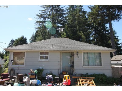 Coos Bay Single Family Home For Sale: 1453 Juniper Ave