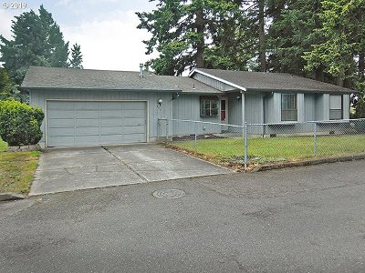 Clackamas County, Columbia County, Jefferson County, Linn County, Marion County, Multnomah County, Polk County, Washington County, Yamhill County Single Family Home For Sale: 940 SE 174th Ave