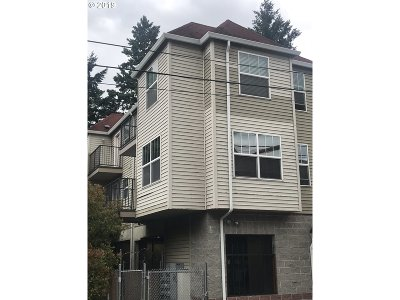 Portland Condo/Townhouse For Sale: 20 SE 172nd Ave