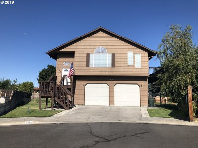 Umatilla County Single Family Home For Sale: 1580 River Hill Dr
