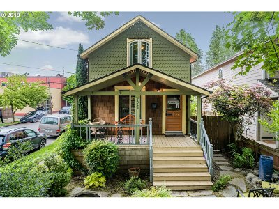 Portland Single Family Home For Sale: 3648 N Michigan Ave