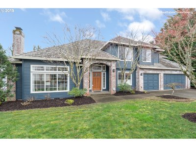 Portland Single Family Home For Sale: 12138 NW Welsh Dr
