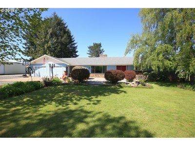 Molalla Single Family Home For Sale: 33955 S Adams Rd