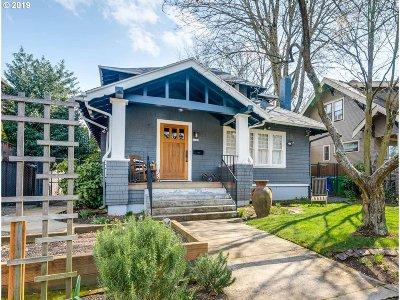 Single Family Home For Sale: 5746 N Haight Ave