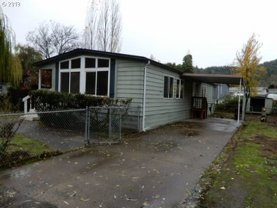 Roseburg Single Family Home For Sale: 3750 NW Joseph St